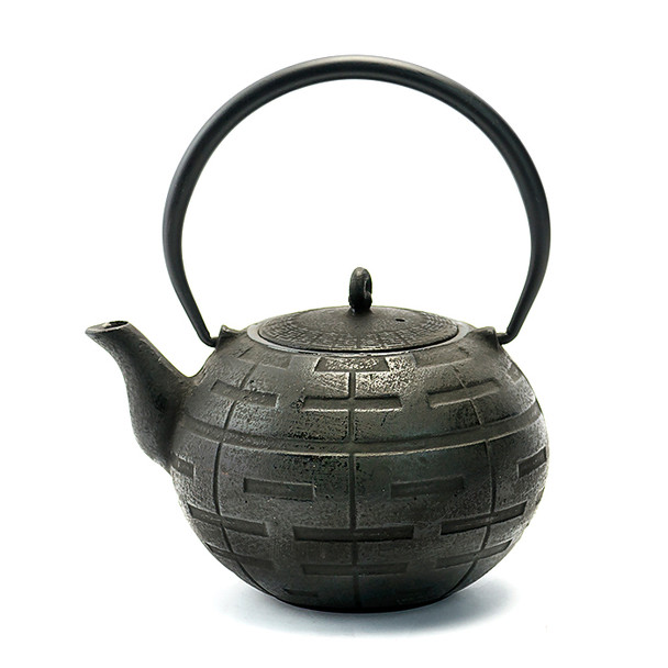 Rikyu Geometric Cast Iron Teapot - Black