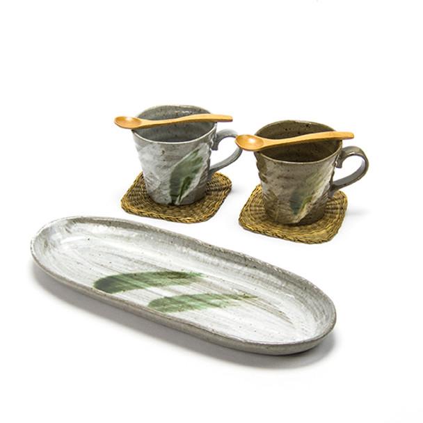 Earthen Brush Stroke Tea Cups & Plate Set