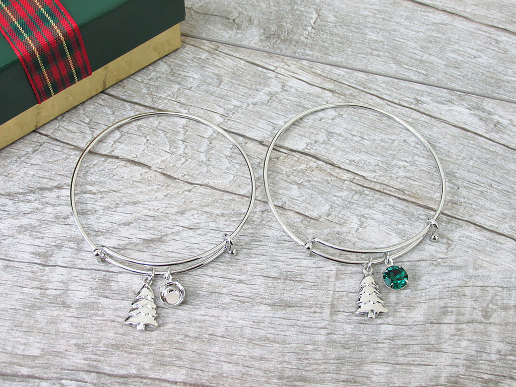 8.5mm | Christmas Tree Charm Bangle Bracelet | One Piece