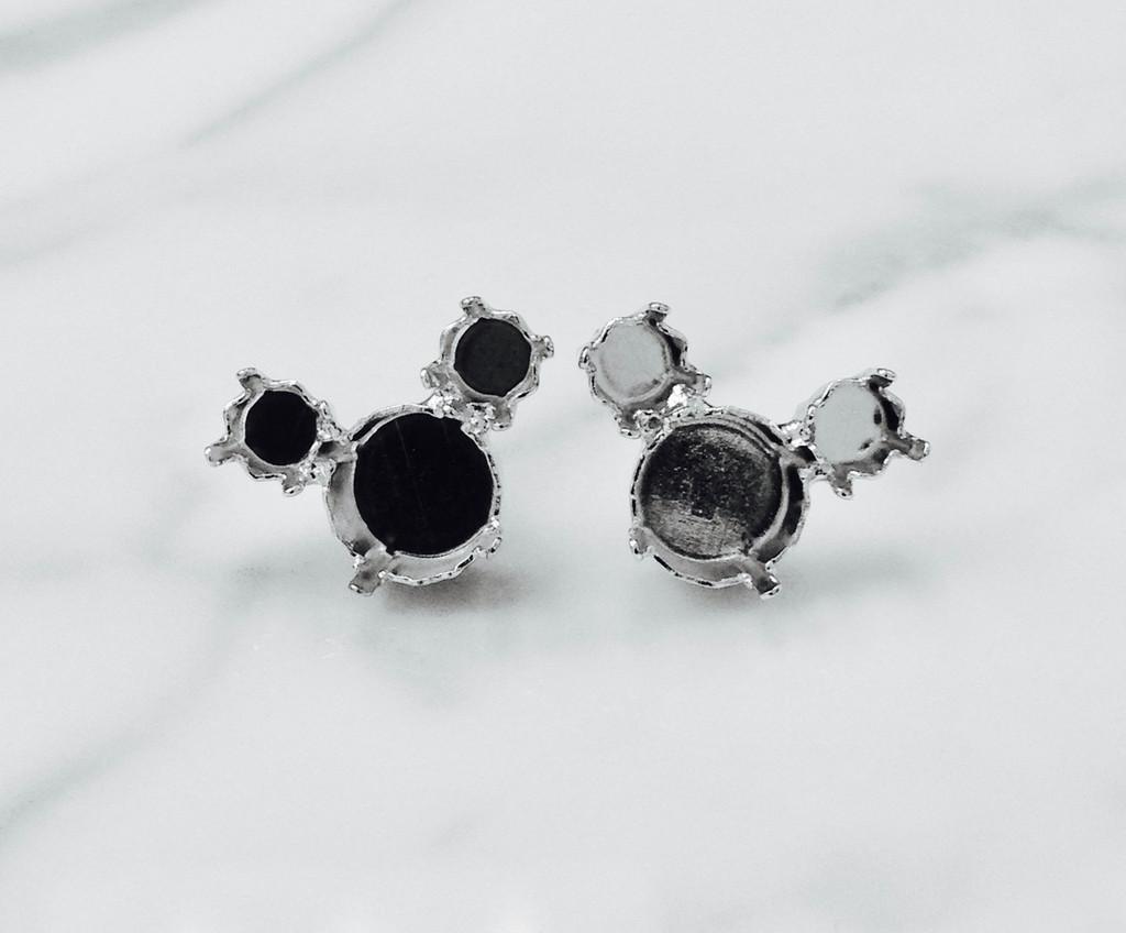 6mm & 8.5mm | Mouse Stud Earrings