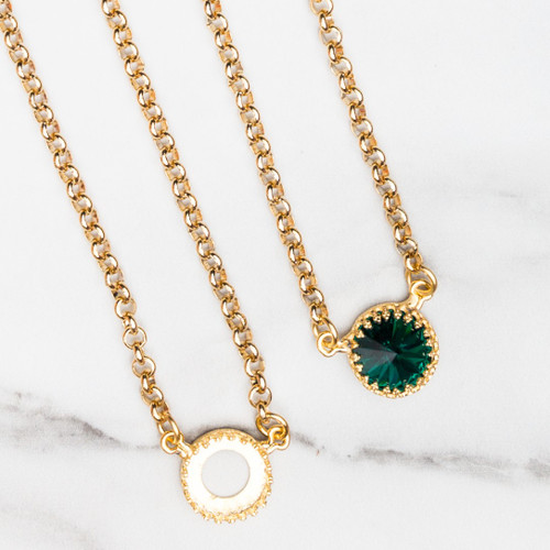 12mm Round   Crown Pendant Necklace   One Piece