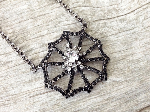 6mm | Spider On A Spiderweb Necklace | One Piece