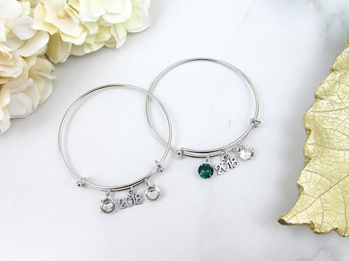 8.5mm | Year 2018 Charm Bangle Bracelet | One Piece