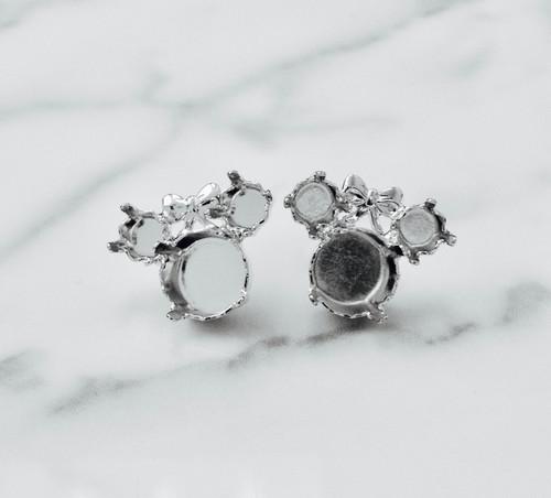6mm & 8.5mm   Girl Mouse Stud Earrings
