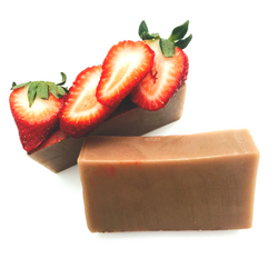 Sweet, juicy, mouthwatering Strawberries, who can resist? Now you can have double your Strawberry with both a Strawberry Shortcake Body Cream and matching organic bath bar. Organic Strawberry Extract, bright Lemon and other organic extracts blended with fairly traded Shea Butter, Cocoa Butter and a NEW plant based liquid soap for extra lather, clean rinse and hydrated skin