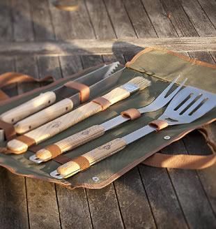 BBQ tool sets