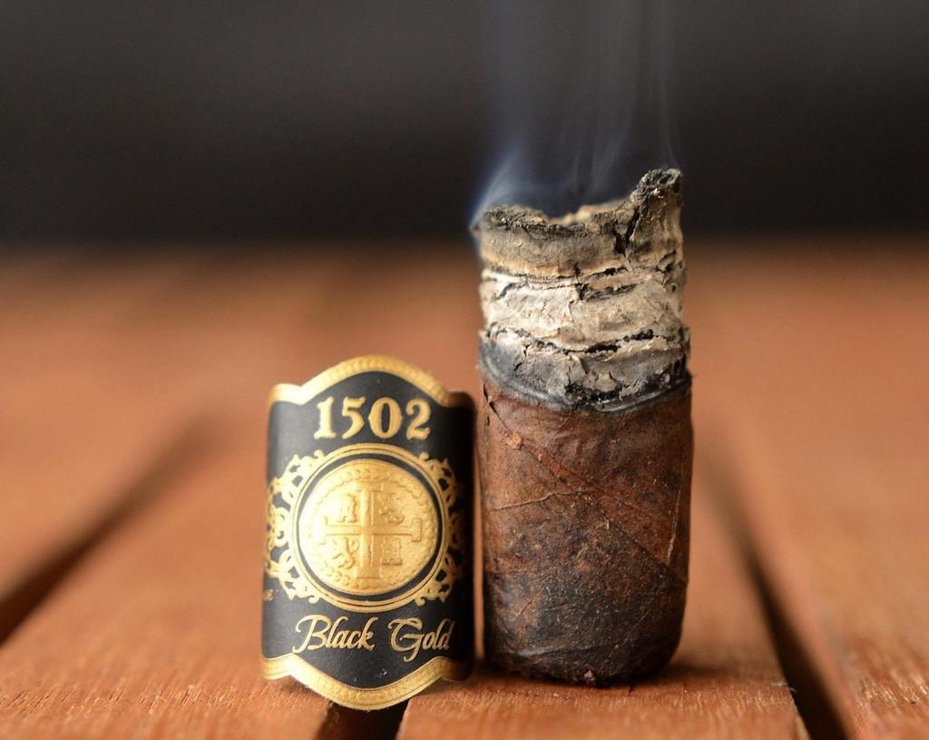 1502 Black Gold Conquistador Box Pressed burned