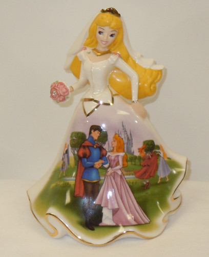 Disney Happily Ever After Sleeping Beauty Bell Figurine
