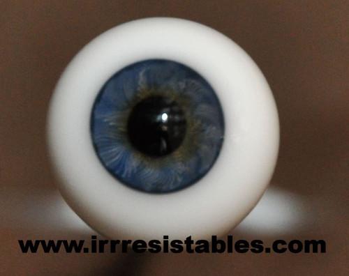 German Glass Eyes: Full Round Blue #81