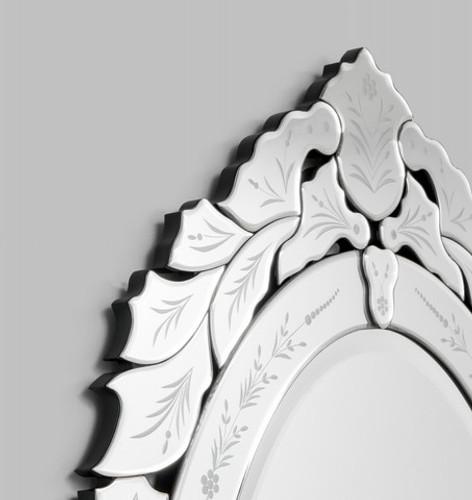 Venetian Mirror Olivia | Detail