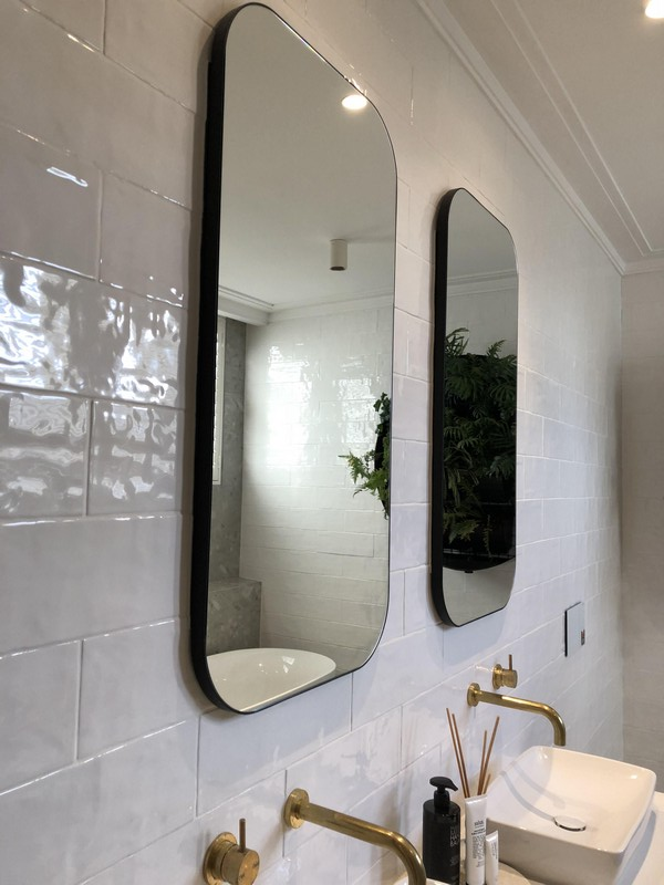 Bathroom Mirrors with curved corners