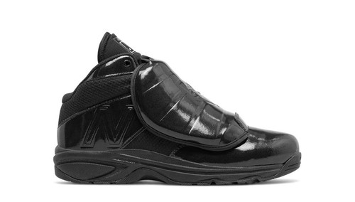 New Balance V3 MLB Mid-Cut Umpire Plate Shoes All Black