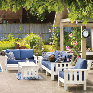 Stratford Outdoor Seating Collection