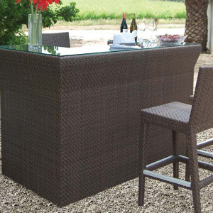 Outdoor Bars, Pub Tables and Barstools
