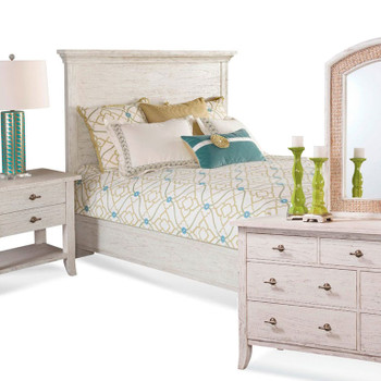 Fairwind 4pc Queen Panel Bedroom Set with Complete Bed