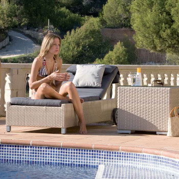 Cubix Outdoor Chaise Lounge with cushion