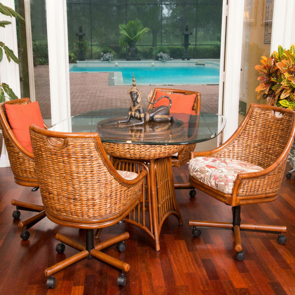 Havana 5 peace Dining Set with Swivel Caster Chairs