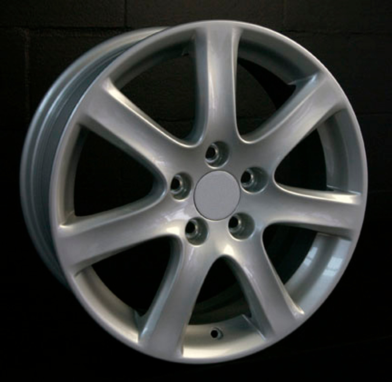 "17"" Fits Acura TSX OEM Wheel Silver 17x7 Hollander 71731"