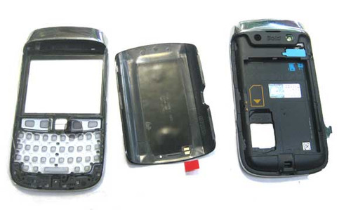 BlackBerry Bold 9790 Full Housing Cover with Touch Screen from www.parts4repair.com