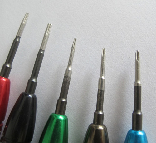 5 in 1 screwdrivers tools for Laptop,PC and Mobile Phone Repairing