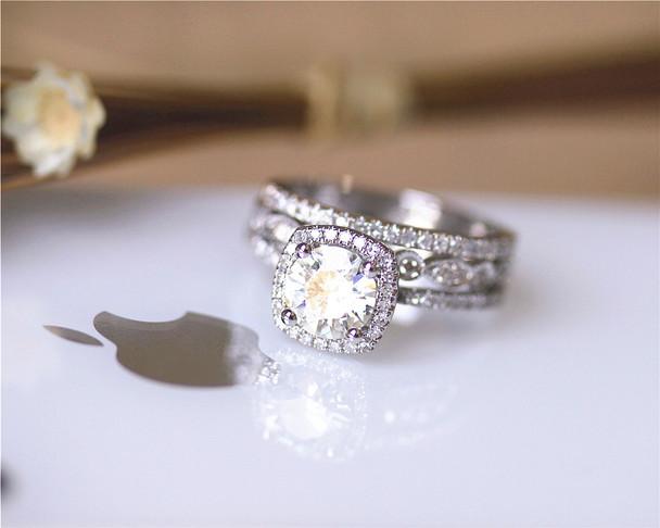Charles and Colvard 1ct Brilliant Moissanite Ring Set Solid 14K White Gold Wedding Ring Set