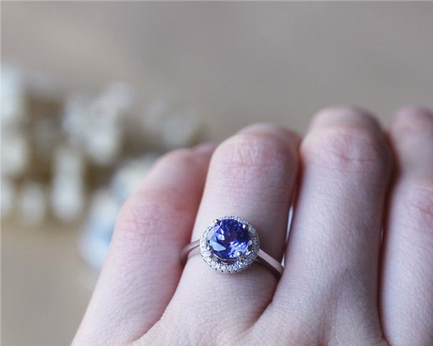 8mm Round Tanzanite Ring Solid 14K White Gold Wedding RingTanzanite Engagement Ring