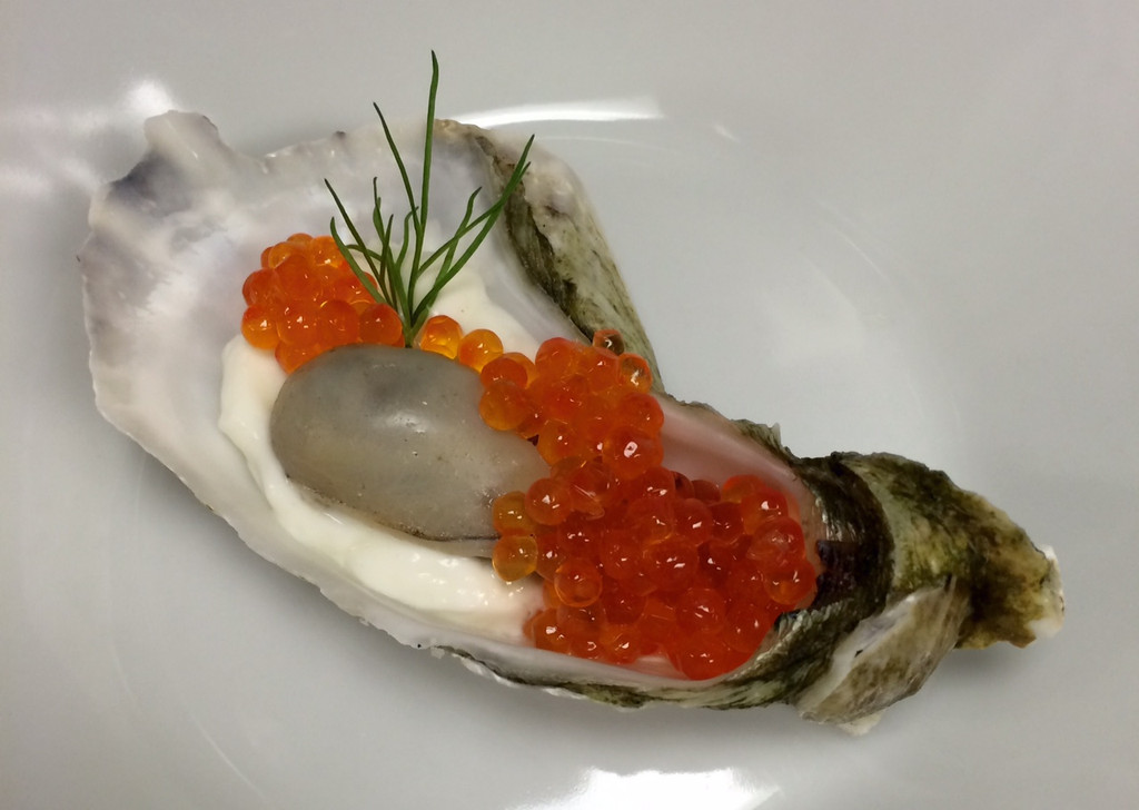 Caviar Recipes - Champagne Poached Oysters with Smoked Steelhead Caviar