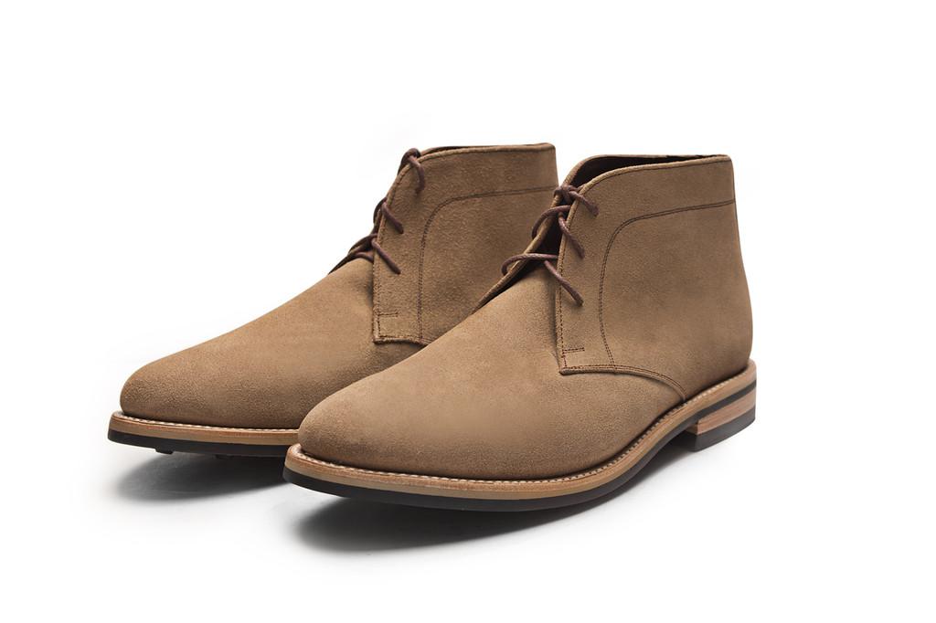 NATURAL ROUGHOUT FOOTWEAR