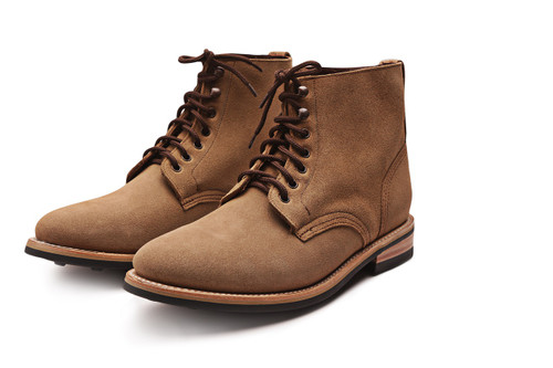 NATURAL ROUGHOUT FOOTWEAR