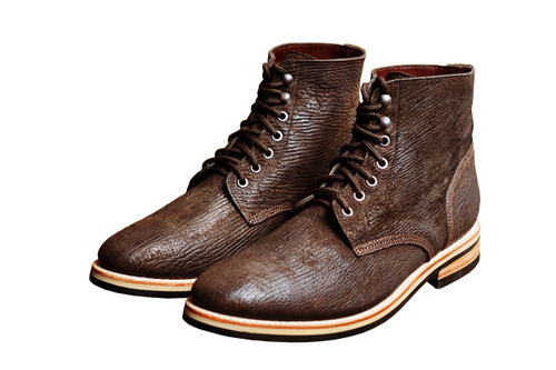 BROWN SHARK FOOTWEAR