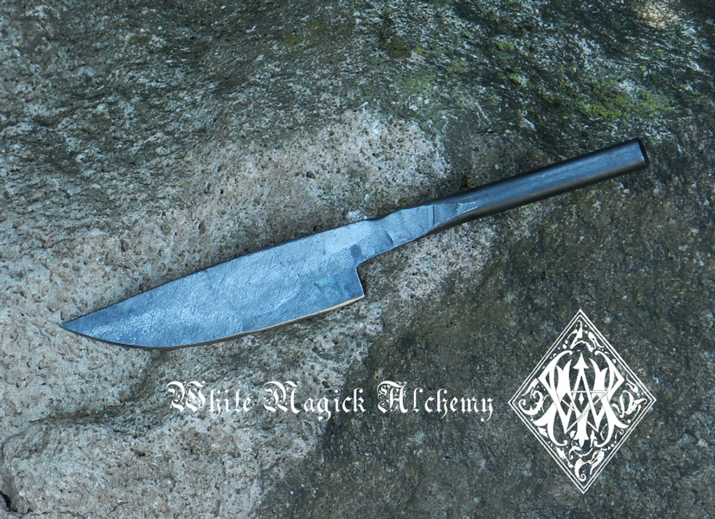 """Medieval Boline Straight 8.25"""""""