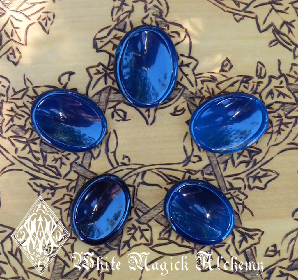 Blue Onyx Worry Stones . Intuition, Divination, Strength, Change, Balance