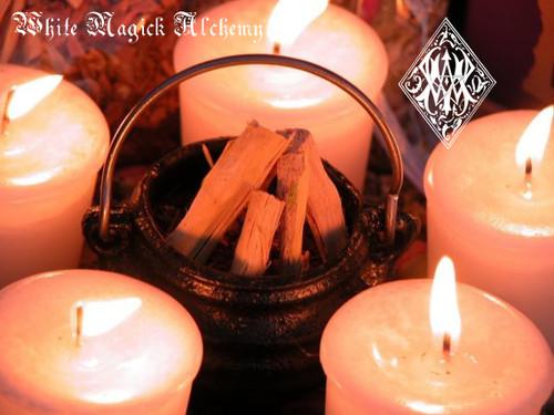 Imbolc - Candlemas FESTIVAL OF LIGHT Altar Kit - Flourishing Abundance, Renewal, Fertility, Purity and Illumination