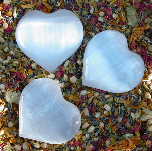 "Selenite Crystal Gemstone Heart Large 3.5"" . Clarity, Intuition, Spirit Guides, Angels, Mental Focus and Dispelling Blockages, Fertility"