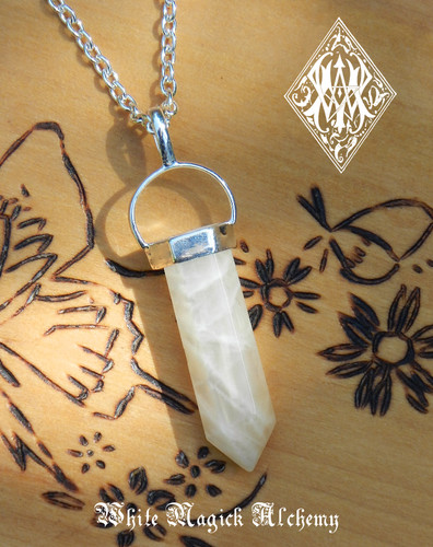 Moonstone Pendulum Necklace Crystal Gemstone Feminine Energy, Love, Peace, Intuition, Mental Clarity & Protection