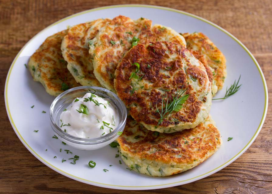 Low carb cauliflower fritters are a great snack.