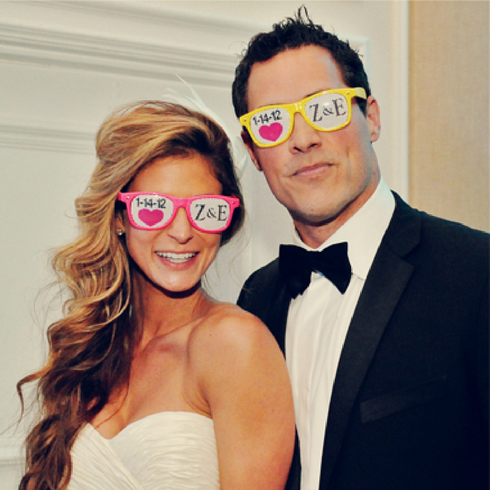 Customized Wedding Sunglasses sold in bulk