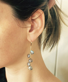 An earring with youthful presence, no matter your age.
