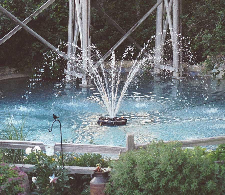 3400jf Kasco Floating Pond Fountain Cypress Display