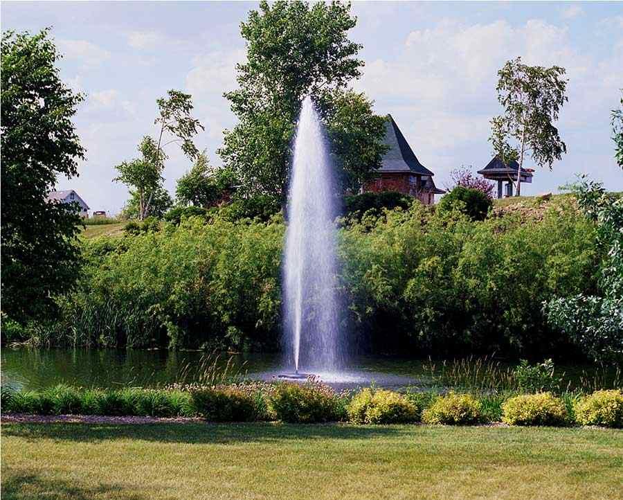 8400jf Kasco Fountain Redwood Display