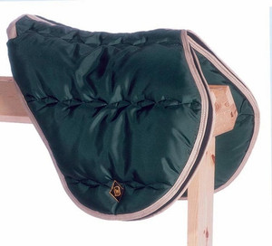 https://d3d71ba2asa5oz.cloudfront.net/12002466/images/big-d-english-saddle-case-1__49909.jpg