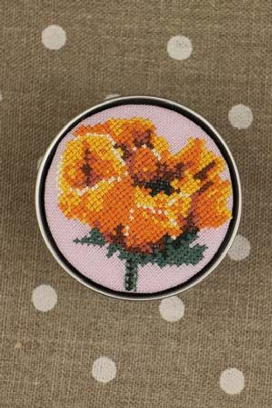 Sajou Cross Stitch Kit - Poppy - Box to Embroider