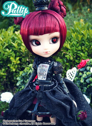 Sample doll / **No Crinoline Lunatic Queen