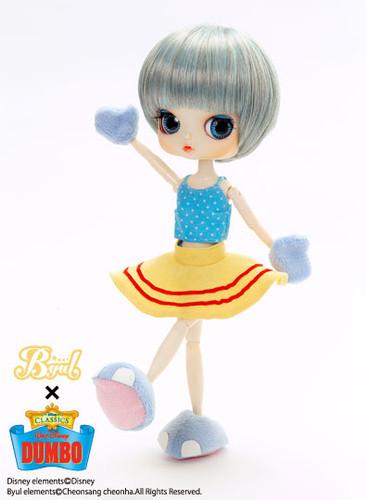 Sample doll / DUMBO