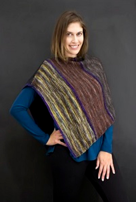 To the Point Poncho(9603)