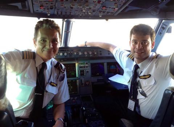 Are Commercial Airline Pilots Allowed to Have Beards?
