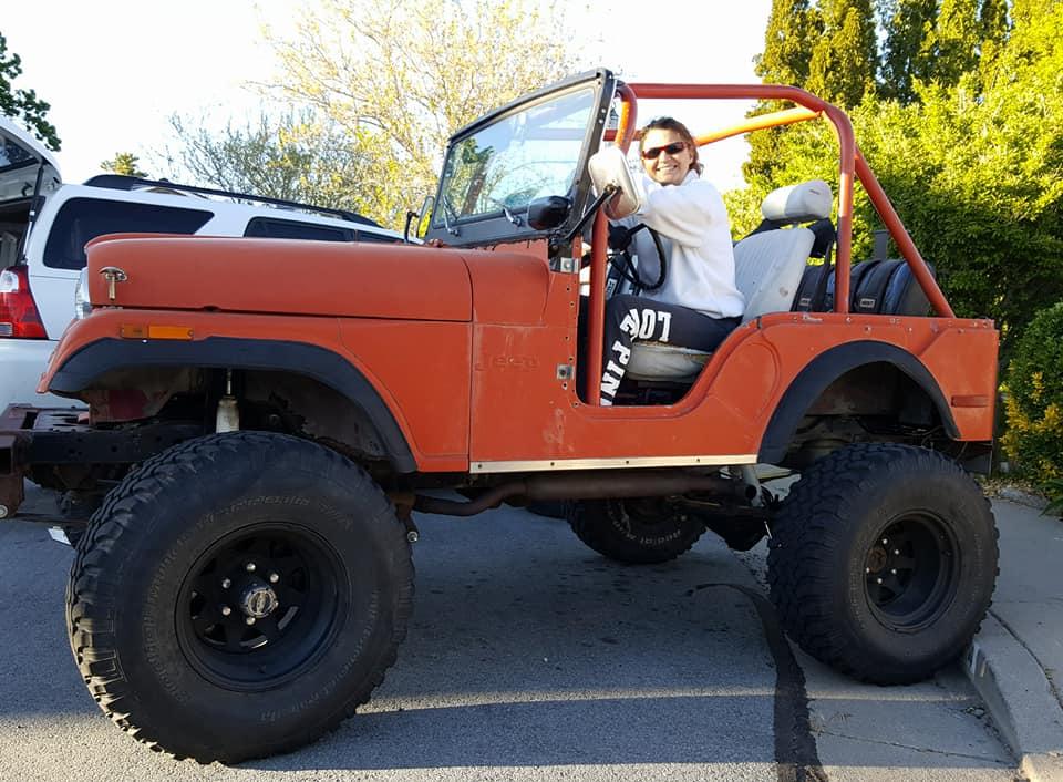 marianne-jeep-cj5.jpg