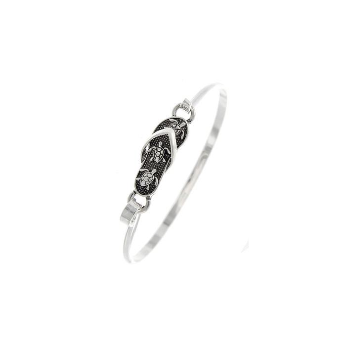 Antiqued Silver Sea Turtle Engraved Flip-Flop Bangle