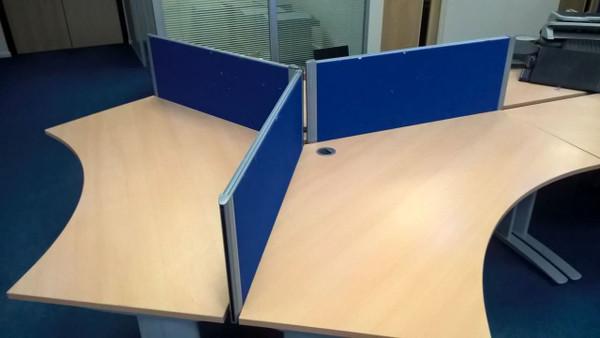 Pod Of 3 Desks (5F3-873-C26)