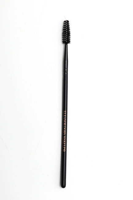 #18 Brow Brush